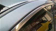 W205の窓枠の汚れ