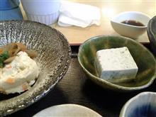 暑い日はさっぱり豆腐丼