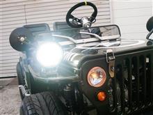 ヘッドライトをイカリング付きLEDライトに交換