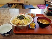 豊田南部のレトロ食堂にてカツ丼を愉しむ