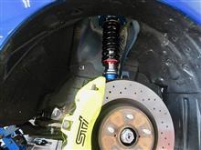 高品質感際立つこの車高調でWRX STIのカスタマイズをスタート!!
