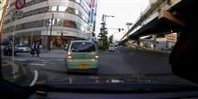 某IT系企業の社員、信号を守れ(-_-メ)  #横浜 #高島 #信号無視 #IT系企業