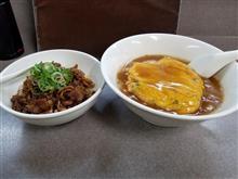 近所のラーメン屋にて天津麺と焼肉チャーハンを愉しむ