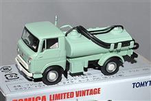 トミカ TLV 1964年式、初代 いすゞエルフ  バキュームカー