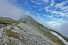 大雪渓から白馬岳へ