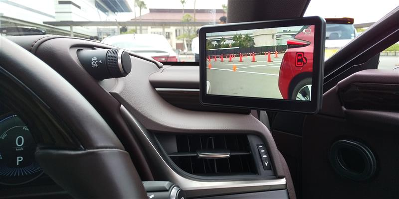 レクサスES カメラミラー車 イベント試乗記