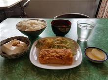 豊田市街の超レトロ食堂にて初めて朝食を愉しむ