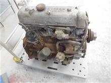フェアレディのU20(?)エンジンが