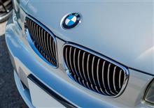 BMW 120iカブリオレのリフレッシュ(エンブレム・サイドマーカー・キドニーグリル)