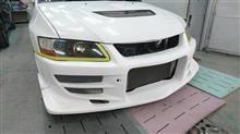 【三菱 ランサー Mテクニック製フロントバンパ塗装・取付】 東京都新宿区よりご来店のお客様です