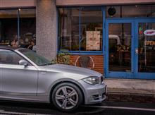 BMW 120iカブリオレで「Cafe Superracer」へ