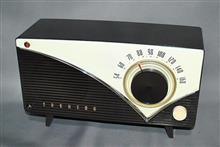 東芝 真空管ラジオ かなりやY 5LP-160
