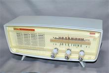東芝 TOSHIBA 真空管ラジオ かなりやOS 5YC-557 ライトグレー