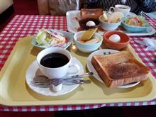 女友達と知立のレトロ喫茶店にてモーニングを愉しむ