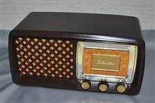 米シアーズ・ローバック 真空管ラジオ Model 2015