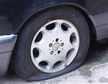 タイヤの空気圧不足は 何%?!