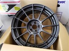 今日のホイール ENKEI Racing Revolution NT03RR(エンケイ レーシングレボリューション NT03RR) -トヨタ 86用-