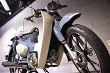 働くバイクのスーパースター。ホンダ・スーパーカブC125のガラスコーティング【リボルト川崎】