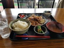 松阪にてしょうが焼き定食を愉しむ
