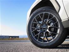 RAV4をボルクレーシングでスポーティかつ気品あふれるたたずまいに!! G16の美しいスポークデザインで雰囲気激変です。