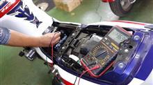 エンジン掛からすバッテリー膨張ガ~ン