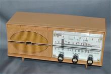 日立 真空管ラジオ 「エーダ」 S-552 (桃色ピンク)