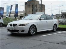 メンテナンスは大事..BMW E60 525 エンジンオイル+エレメント交換 FUCHS