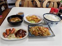 安城のレトロ食堂にて豪華な朝食を愉しむ