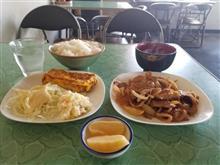 豊田市街の超レトロ食堂にて焼肉と玉子焼きを愉しむ