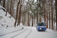 今年初の雪見ドライブ。^^