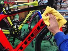 車より、自転車洗ってるほうが多いんですが・・・