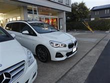 BMW2シリーズアクティブツアラーF46に機能パーツ追加