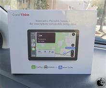 あらゆる自動車で簡単にCarPlayが利用可能になるスマートディスプレイ「Coral Vision」を試す