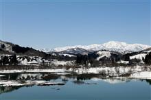 白川ダム湖からの飯豊連峰と水没林!