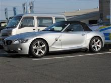 再び..BMW E85 Z4 ホロ修理 何度やっても大変な物は..大変