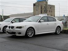 本日は、オイル交換の日 BMW E60 525 エンジンオイル交換 FUCHS