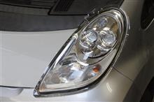三菱  i-MiEV の ヘッドライトをリバイバル施工!