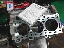 1000馬力GT-Rも、全ての基本はパーツ洗浄から!