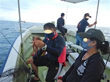 会社の後輩に明石タコ釣りに親子で連れて行ってもらいました。