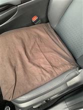 車内シートのクッションが、、、