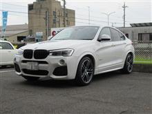 タイヤショップしてます..BMW X4 フロントタイヤ交換 PS4-S 245/40R20