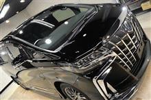 内装や外装も豪華な上に乗り心地も良いトヨタ・アルファード HYBRID Executive Lounge(2019年)ガラスコーティング【リボルト松戸】