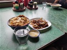 レトロ食堂藤屋にてカツ丼と焼肉を愉しむ