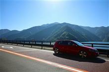 山梨ドライブで富士と吉田のうどんなど