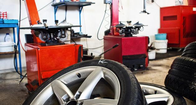 タイヤ整備