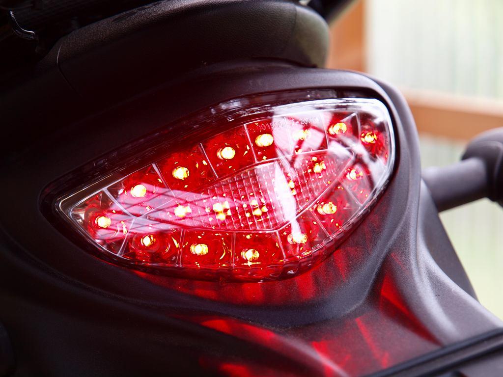 グラディウス400 ODAX LEDテールランプ
