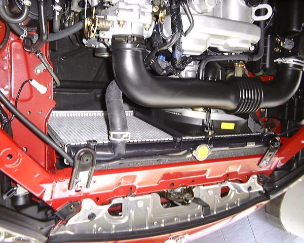 エアコンレス仕様のNBのエンジンルーム