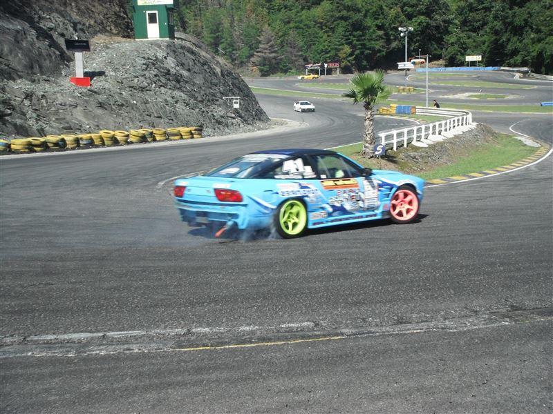 クォーターD1カー