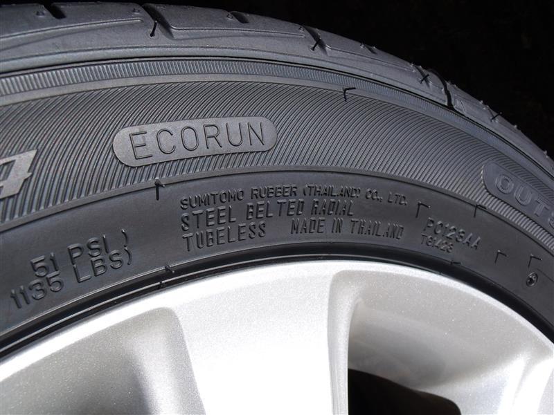 ファルケン(FALKEN) ZIEX ZE914F タイヤ側面の刻印