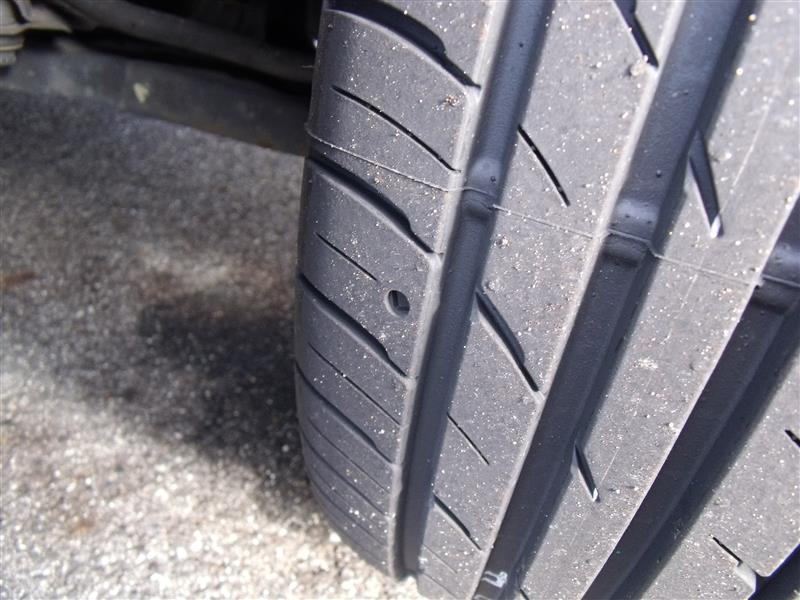 ファルケン(FALKEN) ZIEX ZE914F タイヤ溝面パターン